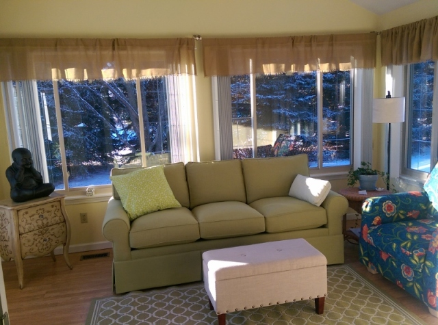 Sunroom with valances finally hung (800x594).jpg