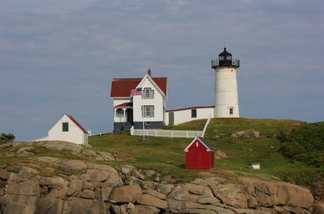 Nubble Lighthouse at Cape Neddick for blog (640x423)